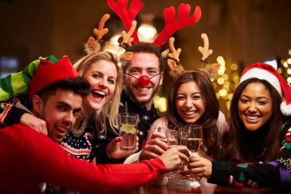 5 Motive pentru care ai nevoie de securitate la petrecerea de Craciun